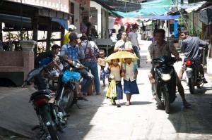 school girls on Koh Sdach