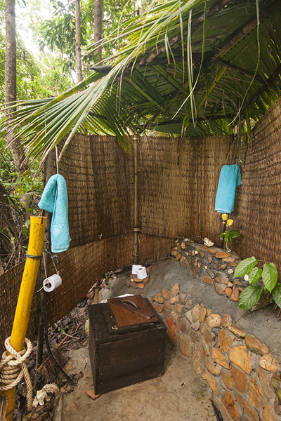 The tree house octopuses garden cambodia - Tree house bathroom ...